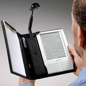 Kindle Goes All Old-Fashioned, With Periscope Booklight Case