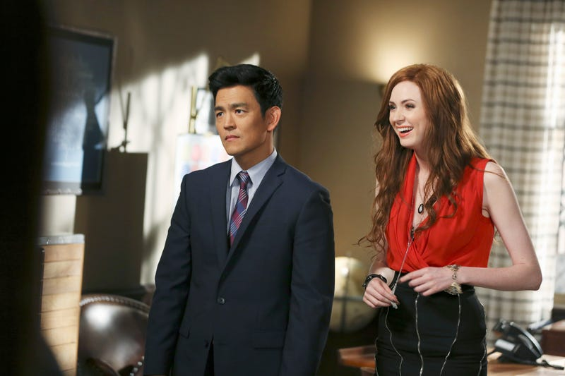 John Cho and Karen Gillan in Selfie (Photo: John Fleenor/ABC via Getty Images)