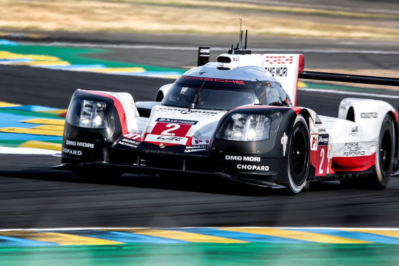 Illustration for article titled Porsche Confirms It's Dumping Top Le Mans Class For Formula E