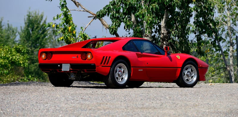 Illustration for article titled Sell Your Dumb Organs And Buy This 1985 Ferrari 288 GTO At Auction Next Week