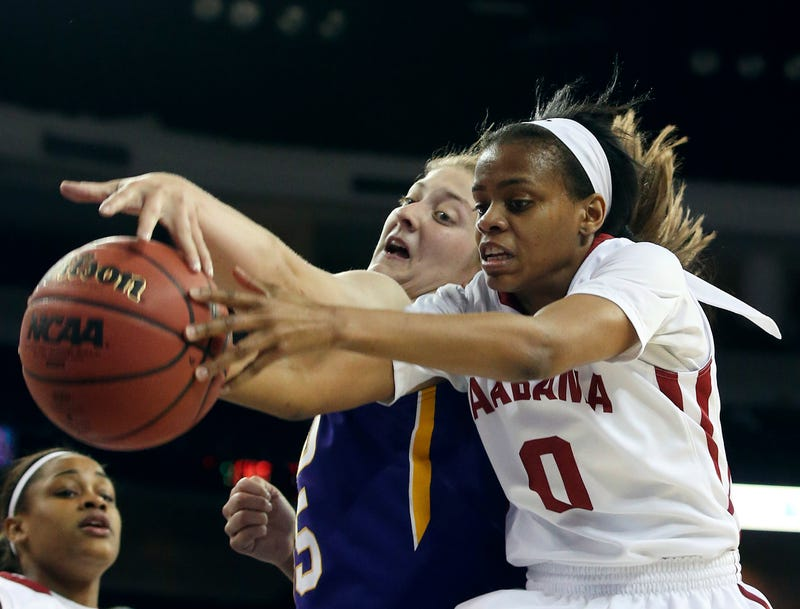 Illustration for article titled University Of Alabama Relents, Daisha Simmons Will Play At Seton Hall