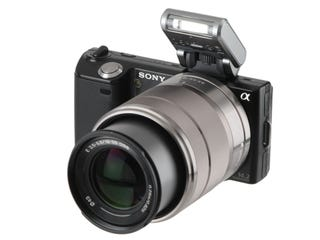 Illustration for article titled Hands-On: Sony Alpha NEX-5 Interchangeable-Lens Camera