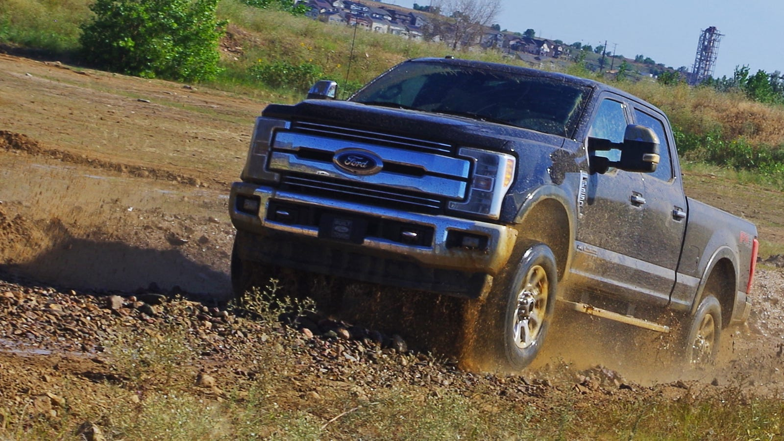 the 2017 ford super duty 39 s tech is way cooler than its 925. Black Bedroom Furniture Sets. Home Design Ideas
