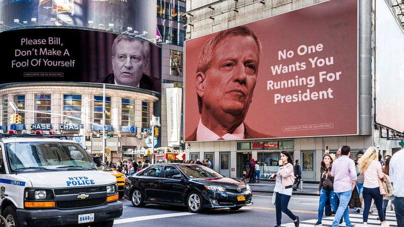 Illustration for article titled De Blasio PAC Spends $30 Million On Ads Urging Candidate Not To Embarrass Self By Running