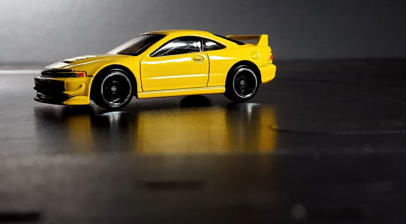 Illustration for article titled A yellow Honda