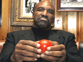Illustration for article titled Evander Holyfield Would Appreciate It If You'd Pick Up The Check
