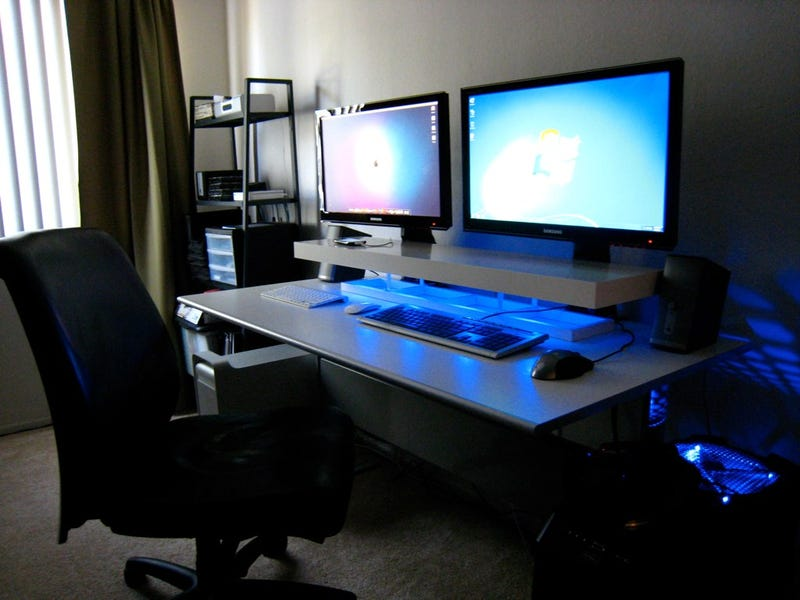 Dual screens blue leds and a diy desk shelf - Desk lighting ideas ...