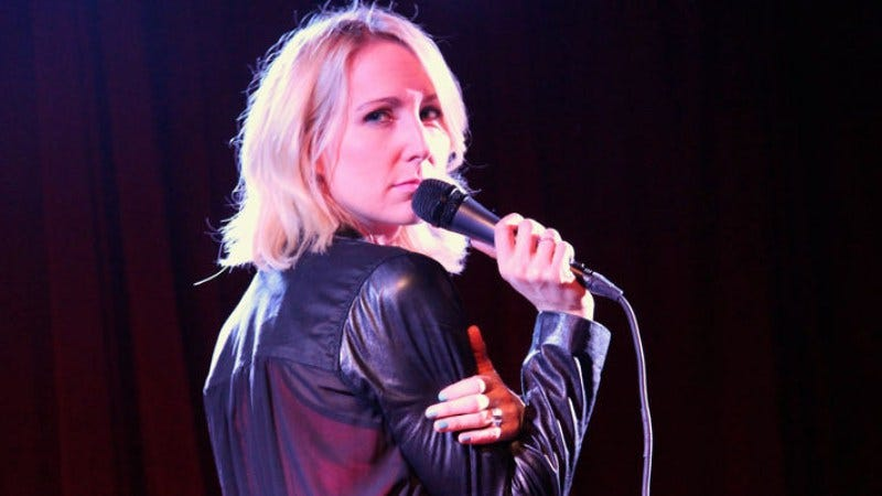 Illustration for article titled Nikki Glaser is getting her own raunchy Comedy Central show