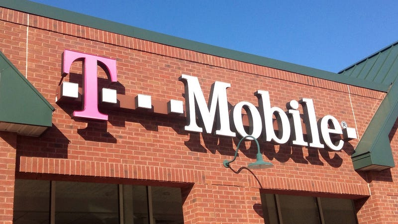 Illustration for article titled T-Mobile Refreshes Its Simply Prepaid Plans With More Data