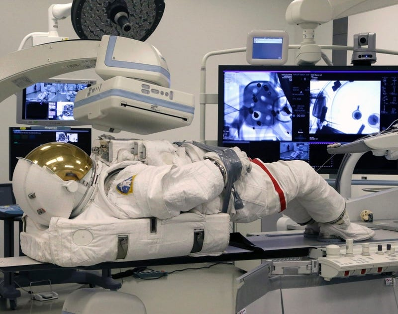 Illustration for article titled Why NASA Put This Spacesuit Through a CT Scanner