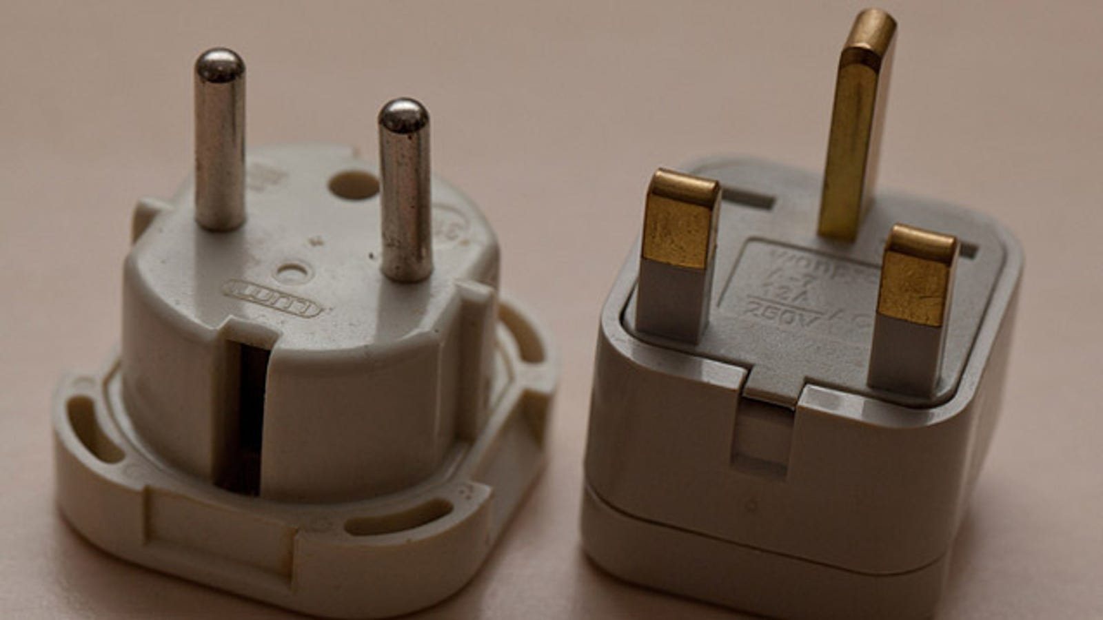 You May Not Need A Voltage Converter When Traveling Overseas Socket And Plug Apparatus For Dc Power On Wiring Australia