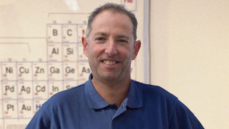 Illustration for article titled Nobel Prize In Chemistry Awarded To Taft Middle School Teacher Mr. Ambler