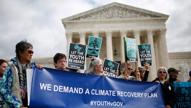 Elite Law Firms Are Helping the Fossil Fuel Industry Fry the Planet