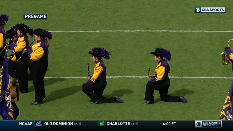Illustration for article titled East Carolina Fans Boo Marching Band For Kneeling During Anthem