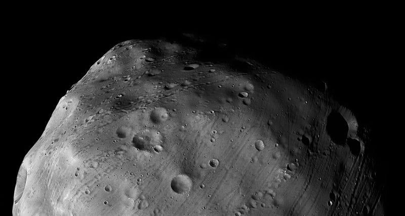 Illustration for article titled La Mars Express rozará la luna más grande de Marte