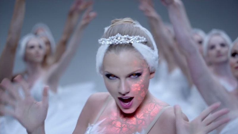 """Shake It Off"" by High Quality GIFs (Screenshot: YouTube)"