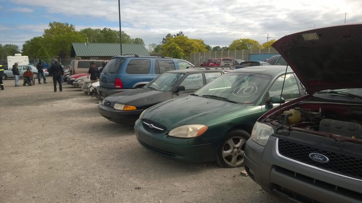 Police Car Auctions Near Me >> I Just Attended A Police Auction And My God Are The Cars Cheap