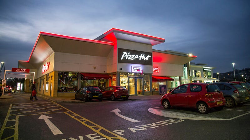 Illustration for article titled No, Pizza Hut won't serve vegan cheese in the U.S. anytime soon