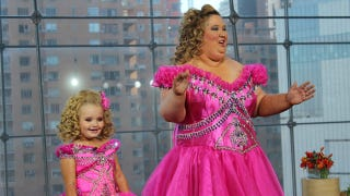 Illustration for article titled This Image of Honey Boo Boo Child and Her Mom Will Change You Forever