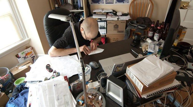 Illustration for article titled Keep Separate Desks For Creative and Regular Work