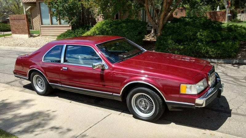 For 1 995 Could You Fall For This Luxurious 1988 Lincoln Mk Vii Lsc