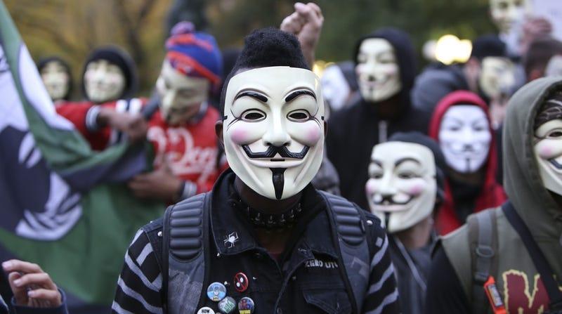 """ISIS responde a las amenazas de Anonymous: """"son un grupo de idiotas"""""""