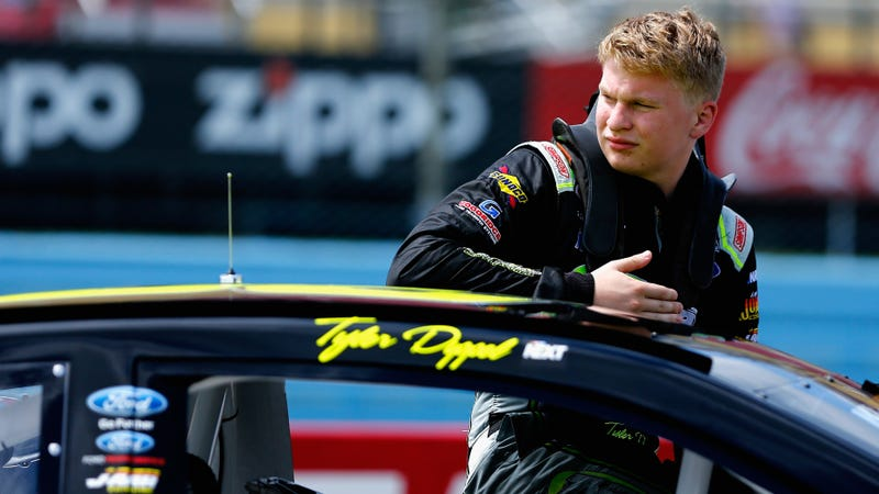 Tyler Dippel during a NASCAR K&N Pro Series East event in 2017.