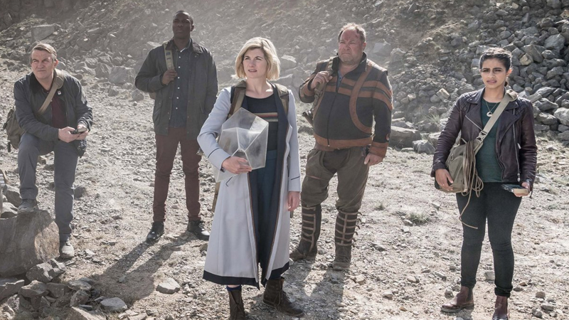 The Doctor and her friends head into a warzone.