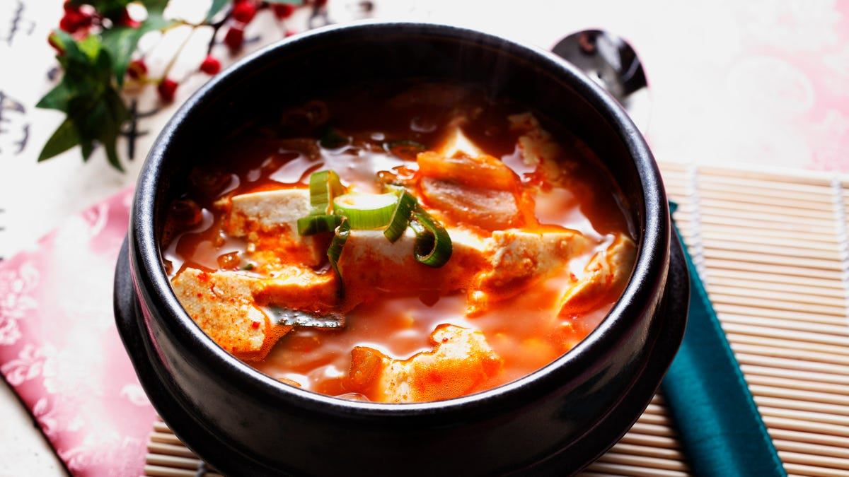 what to eat with kimchi
