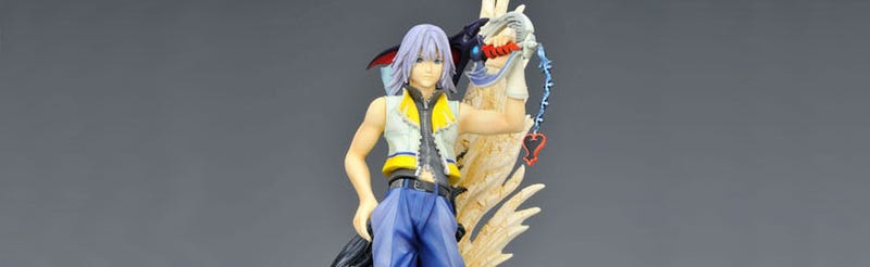 Illustration for article titled Stuff A Squeenix Fan's Stocking With This Kingdom Hearts Statue