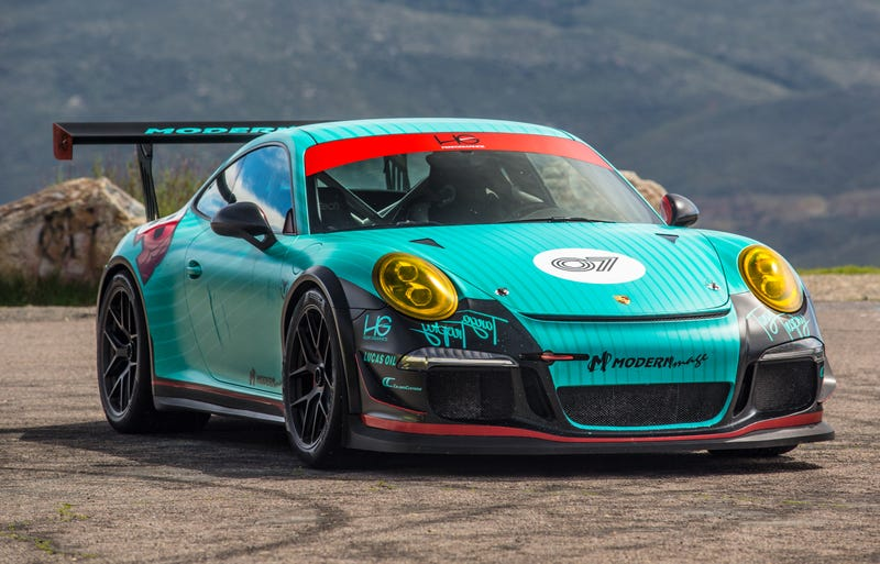 Illustration for article titled Video: Can You Improve The 991 Porsche GT3? We Find Out...