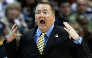Illustration for article titled NCAA: Donnie Tyndall Hired Assistants To Do Players' Homework