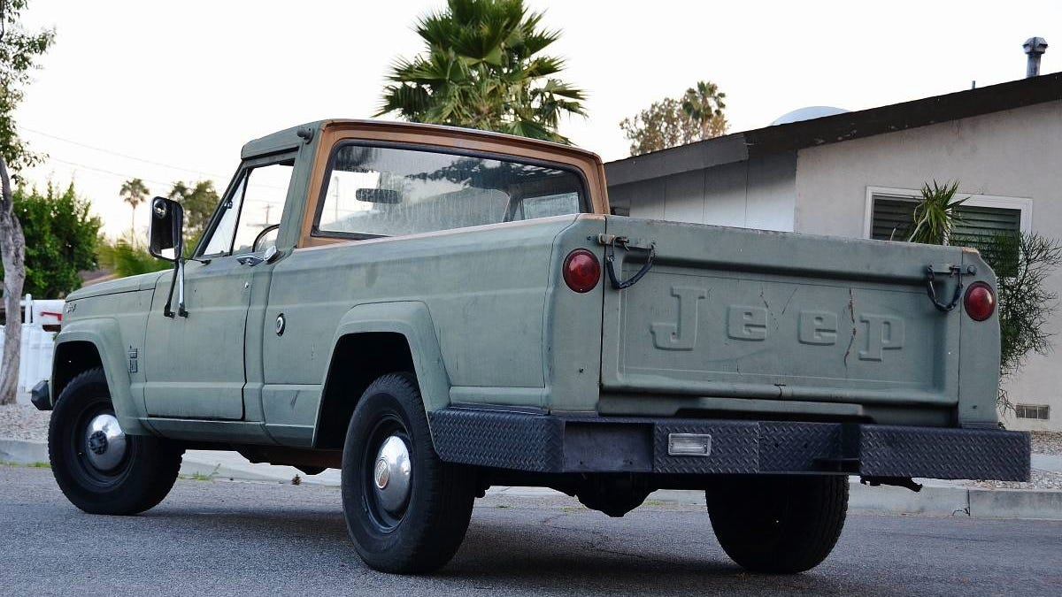 For $4,900, Are You Not Entertained By This 1964 Jeep Gladiator?