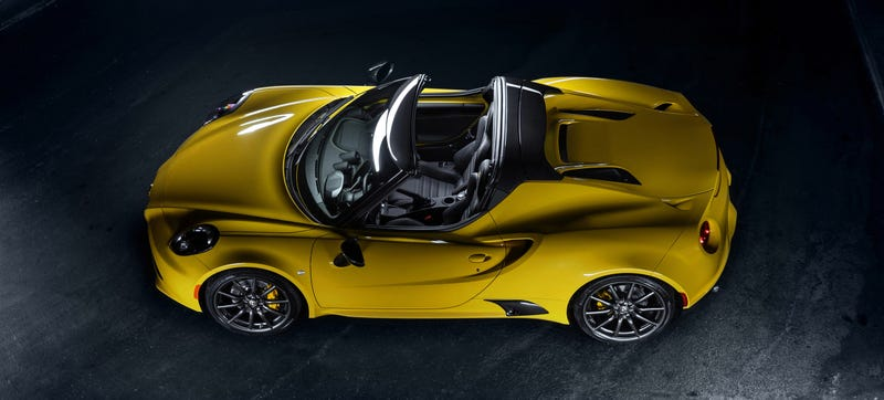Illustration for article titled 2016 Alfa Romeo 4C Spider: This Is It