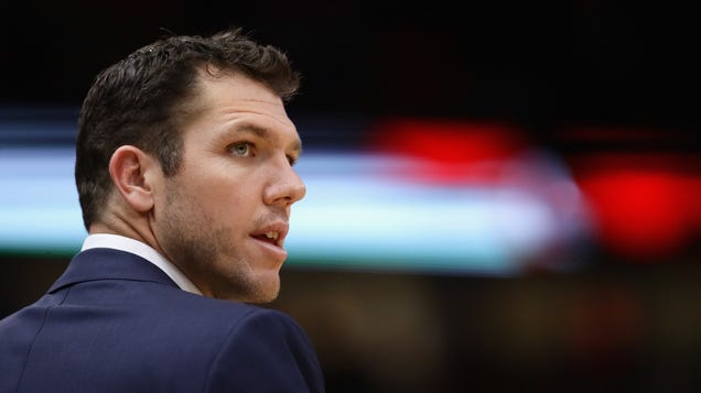 Reports: Luke Walton Sued By Reporter Kelli Tennant For Sexual Assault