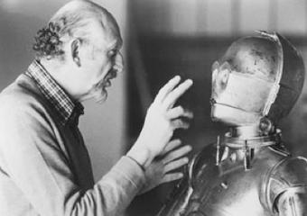 Illustration for article titled Empire Strikes Back director Irvin Kershner dies in LA at 87