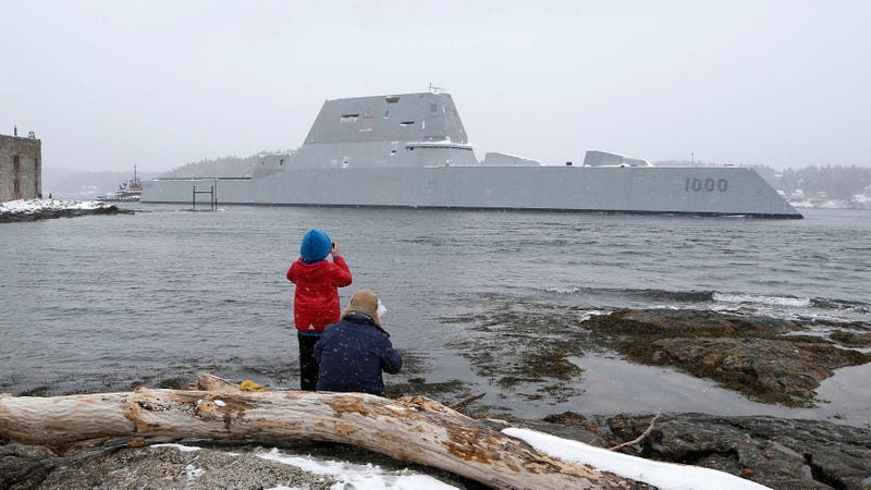 The USS Zumwalt departs the coast of Maine for its final builder trials on March 21, 2016 (Image: Getty)