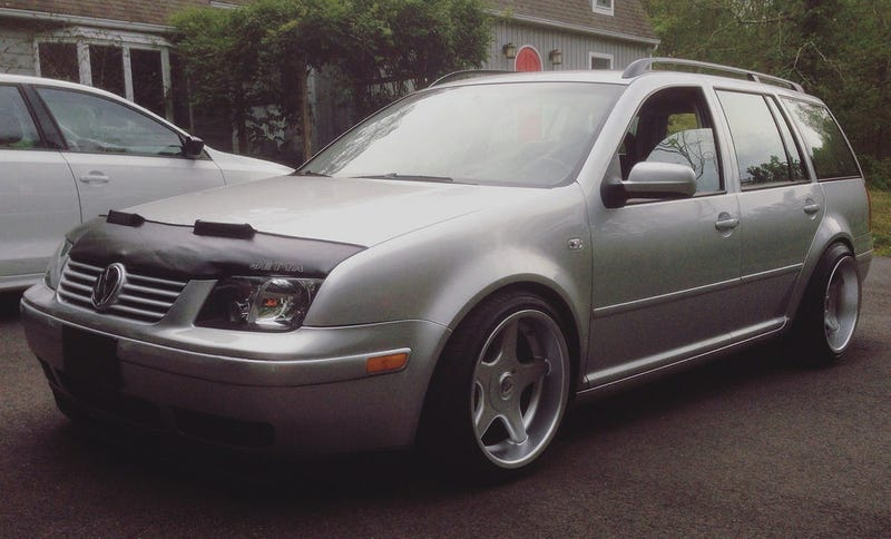 Illustration for article titled For $7,000, Does This 2003 VW Jetta Wagon Make You Unic-Horny?