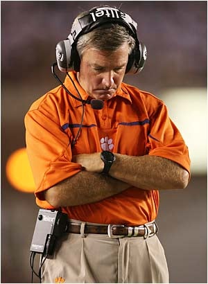 Illustration for article titled Tommy Bowden Is Not Very Good