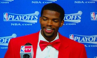 Illustration for article titled Just Give Your Car Keys To Aaron Brooks And He'll Park It For You