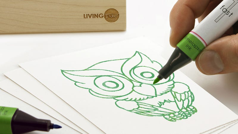 Illustration for article titled Ink Made From Living Algae Powers the World's First Chia Pet Pen