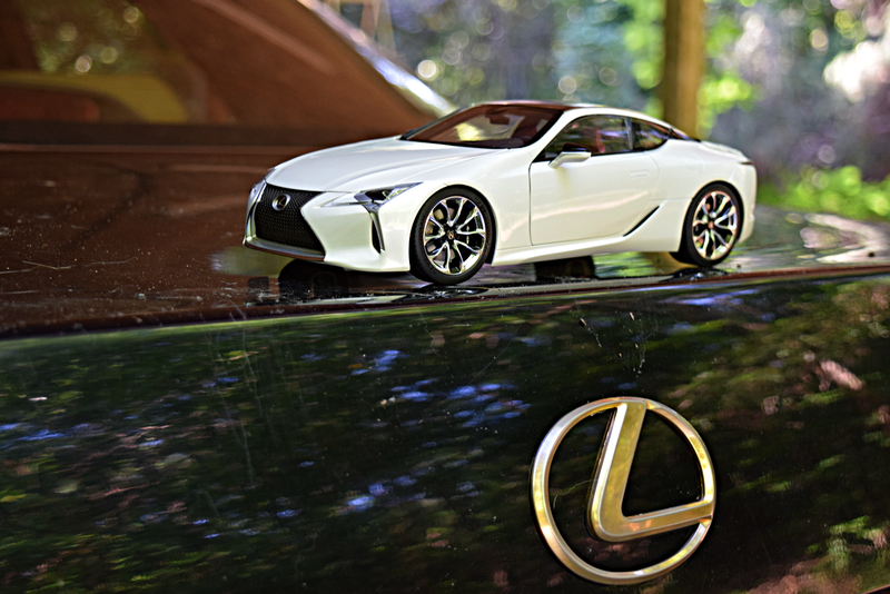 Illustration for article titled Lexus LC500 by AutoArt