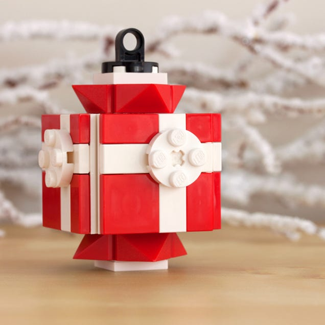 Decorate Your Tree With These Awesome Lego Ornaments