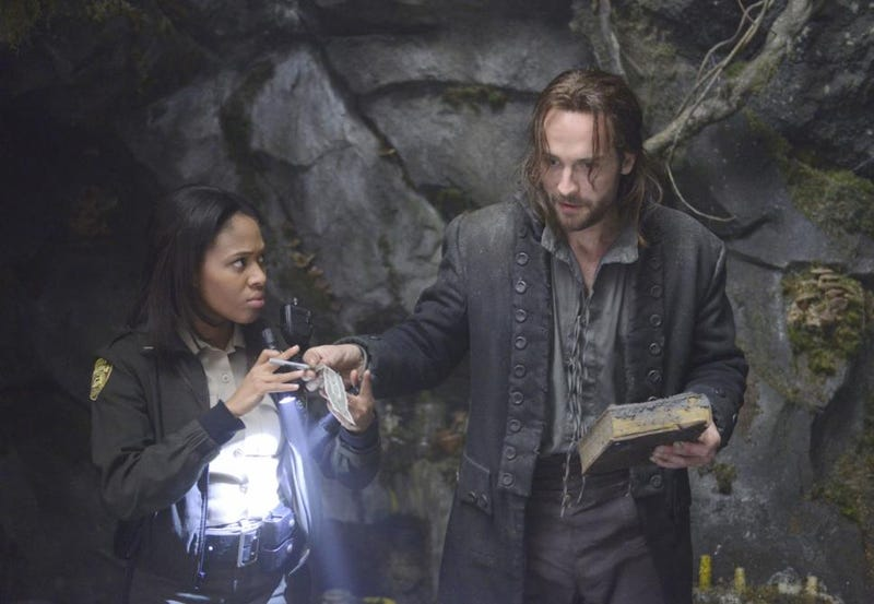 Illustration for article titled Ichabod is Snarky About the Banking Industry in New Sleepy Hollow Clip