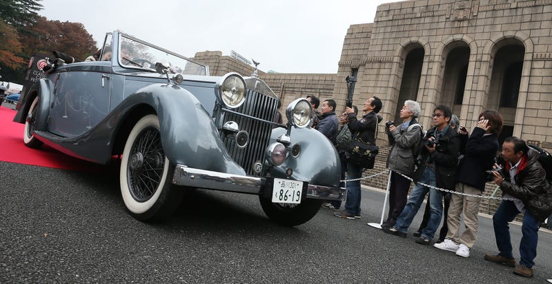 Illustration for article titled Scenes From The 2014 Tokyo Classic Car Festival