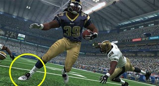 Illustration for article titled Play Spot-the-Difference in Current-Gen Madden