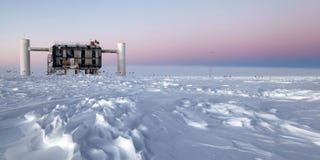 Illustration for article titled The Antarctic Neutrino Camera Is About to Get Much, Much Bigger