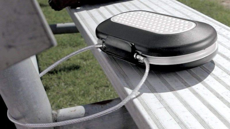 Master Lock 5900D caja de seguridad portátil | $14 | AmazonFoto: Amazon