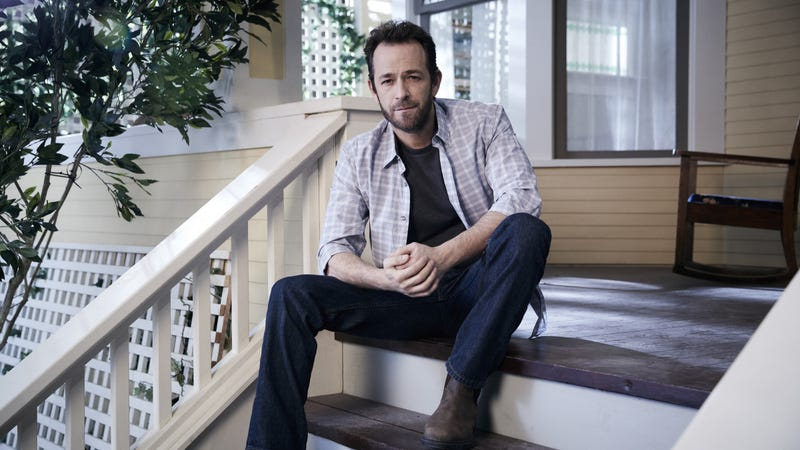 Illustration for article titled OurRiverdalepodcast celebrates the lifeand legacy of Luke Perry