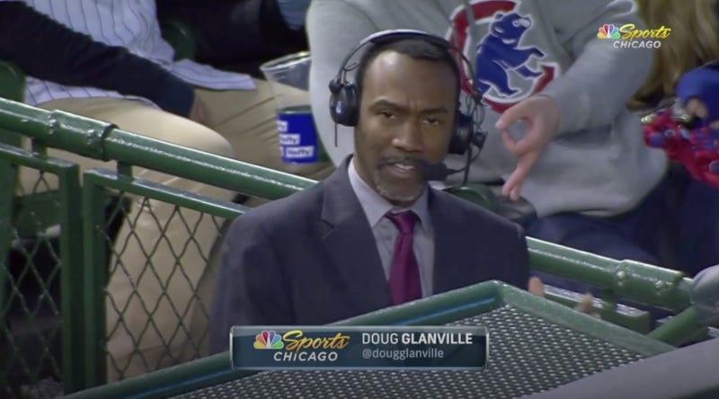 "Illustration for article titled Cubs Fan Using ""OK"" Hand Gesture Behind Doug Glanville Gets Banned Indefinitely"